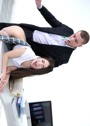 Teenmegaworld Little Candy Experienced Anal Consultant