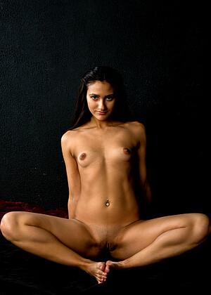 Leila Birch  nackt