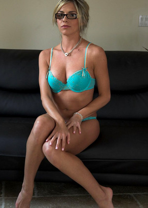 Torridart Marlie Moore November Softcore Encyclopedia