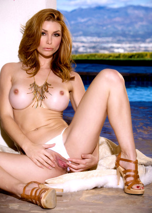 Twisty S Heather Vandeven Browsing Redhead Resort