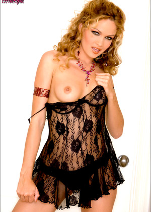 Twisty S Prinzzess Sasha Prinzzess Admirable Brunettes Babes Lingerie Princess