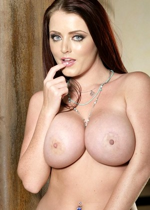 Twisty S Sophie Dee Mobile Big Boobs Pinterest