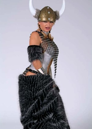 Vickyathome Vicky Vette Perfect Chain Mail Avatar