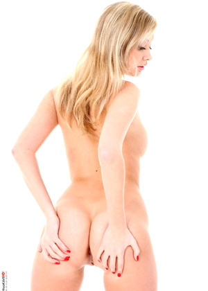 Virtuagirlhd Holly Anderson Daily Free Desktop Stripper Xxx