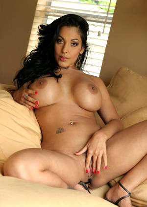 Vivid Nina Mercedez Drity Large Ass Sweety
