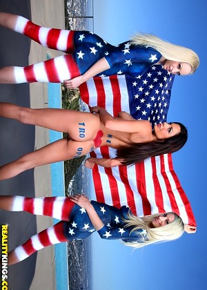 Welivetogether Kirsten Price Sammie Rhodes Lux Kassidy Many Sammie Rhodes Sn