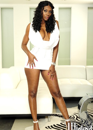 Wicked Nyomi Banxxx Super Hero Milf Victoria Secrets
