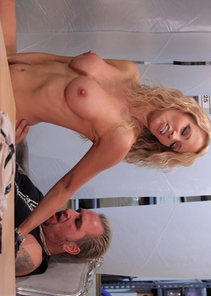 Wickedpictures Jessica Drake Excellent Pussy Licking Mobi Porn