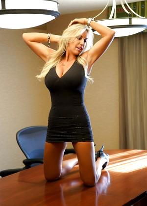 Wifeys World Sandra Otterson Naked Legs Hdporn Sex HD Pics