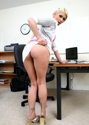Xxxatwork Cindy Crawford See Cindy Crawford Pornmobi